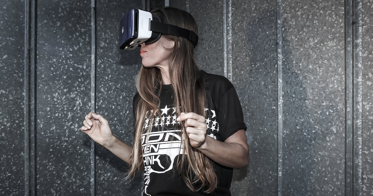 HOW IS VIRTUAL REALITY BEING USED AT FILM FESTIVALS?