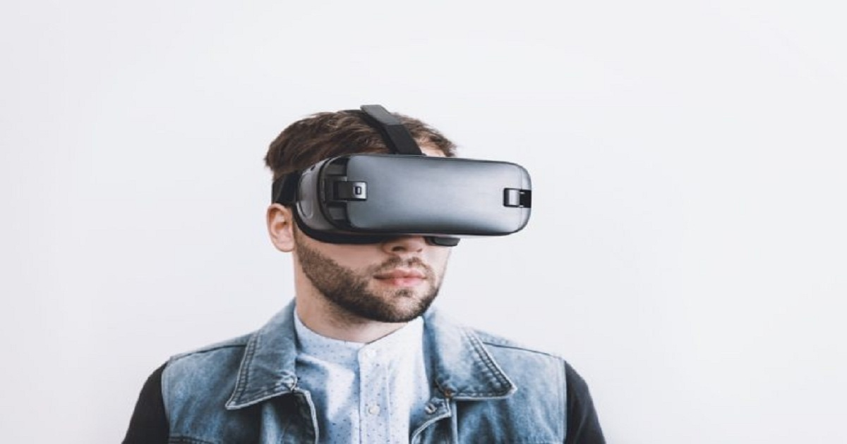 TOP 5 USES OF VIRTUAL REALITY (VR) IN HEALTHCARE