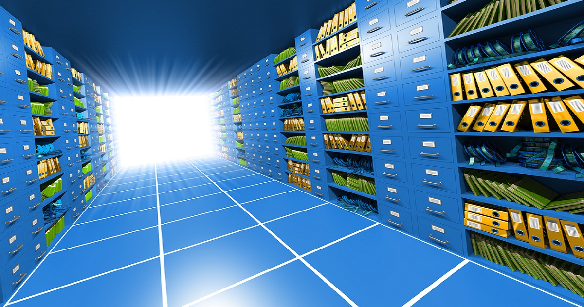 UNIFYING DATA GOVERNANCE SILOES WITH DYNAMIC DATA CATALOGS
